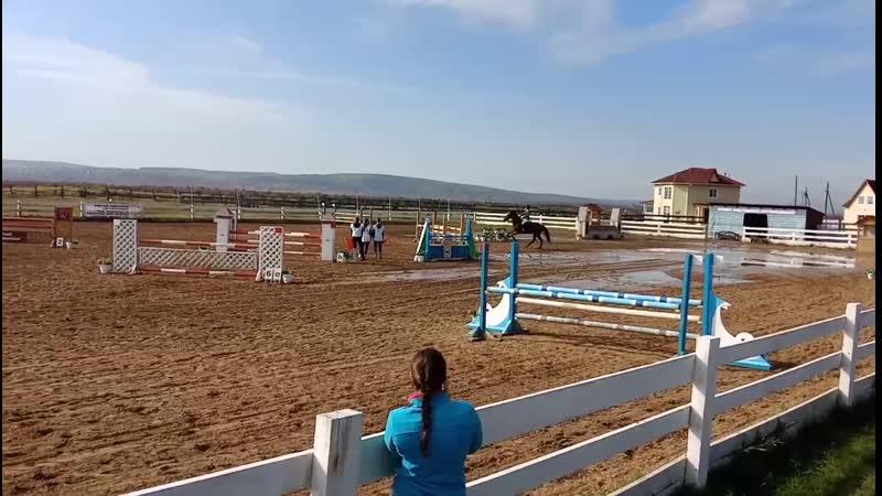 Лена и Венец. 110 см. CCN 1*. Чемпионат Иркутской области по троеборью.