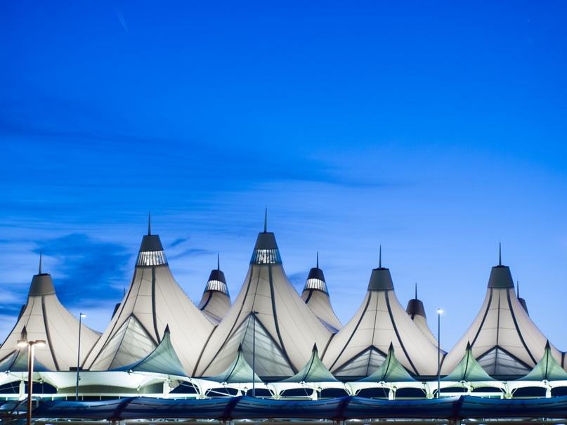 Невероятные аэропорты, в которые точно захочется вернуться, изображение №12