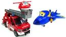 Про машинки и Супер Крылья - игрушки. Пожарная машина тушит пожар! Время быть героем в Аэропорту!